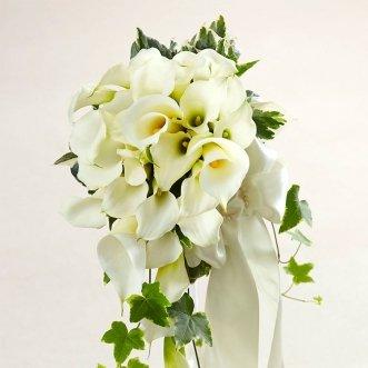 Букет невесты из калл «Амели»